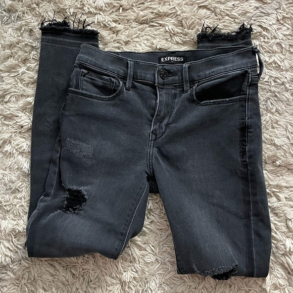 Express Black Distressed Mid Rise Ankle Jean
